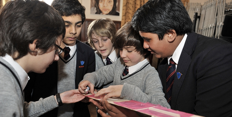 Pupils at Kingsley School trial the Think Kit glider