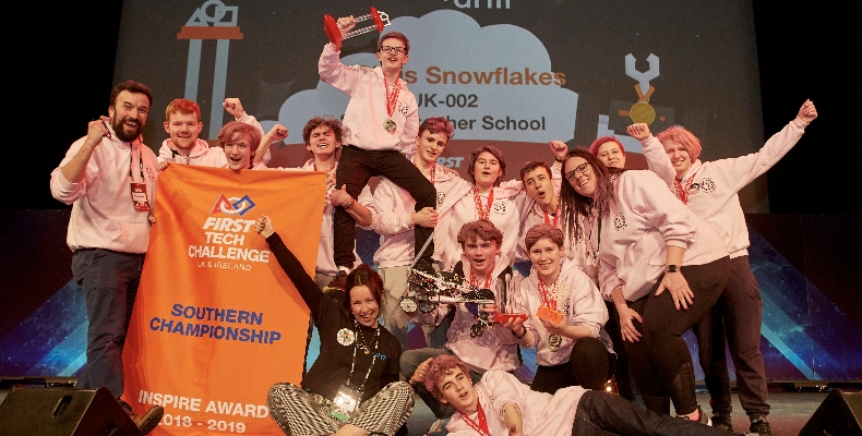St-Christophers-Snowflakes-First-Tech-Challenge-UK-winners