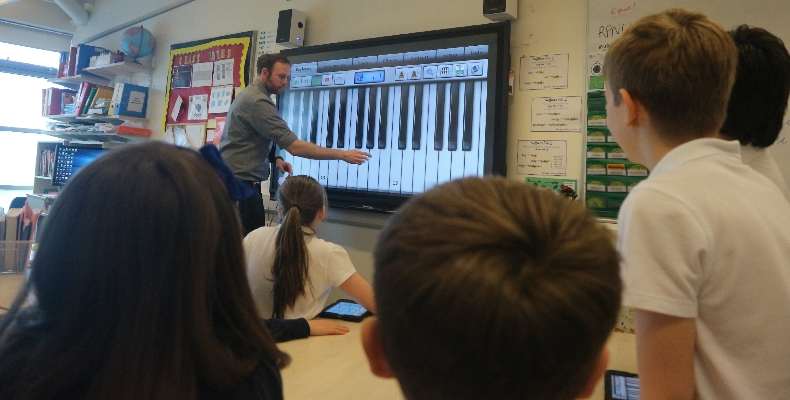 music-lesson-glenn-carter-activpanel-promethean