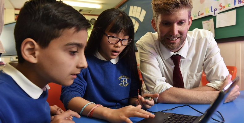 Energy in Schools scheme extended around England - Education Technology