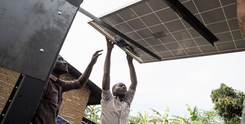 Hello-Hub-build-Uganda-Hello-World-solar-power