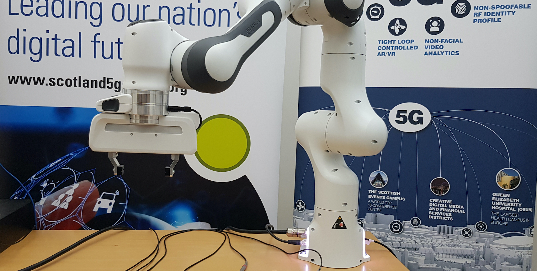 University of Glasgow Robot arm supports social distanced lab work